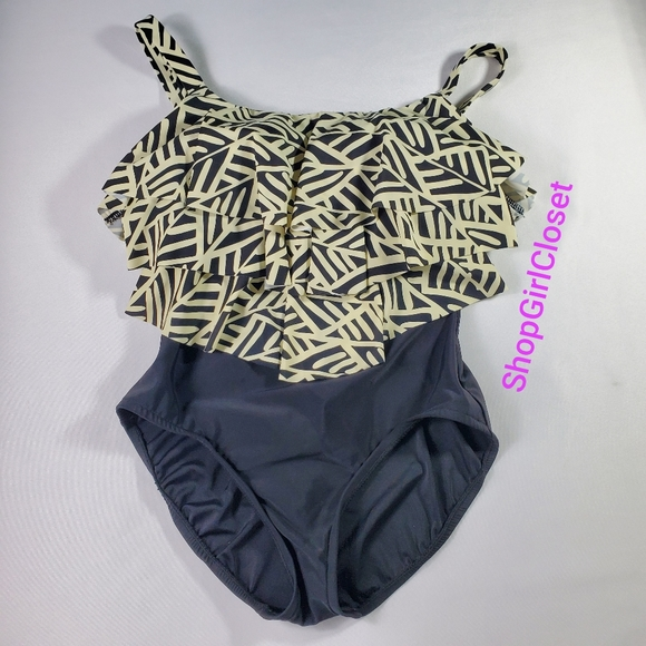 💥Just In💥 One Piece Womens Bathing Suit sz 12